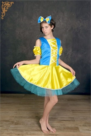 Snow White costume, doll costume
